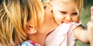 Mamme sempre perfette. Rimedi naturali per contrastare smagliature, cellulite e ritenzione idrica