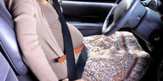 La cintura di sicurezza va usata in gravidanza?