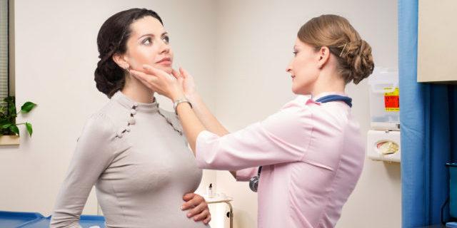 Tiroidite di Hashimoto e gravidanza: sintomi e complicanze