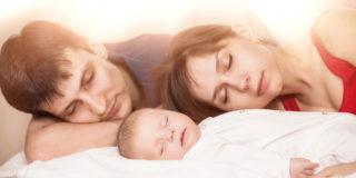Il sonno del bambino. Dormire nel lettone o no? Pregiudizi e tabù da sfatare