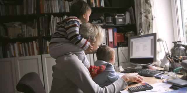 Come funziona la maternità facoltativa e come richiederla