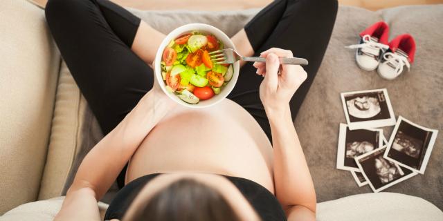 Acido folico, vitamina D e gli altri: perché in gravidanza sono così importanti