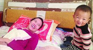 Il miracolo di Gao: con un bacio sveglia la mamma dal coma