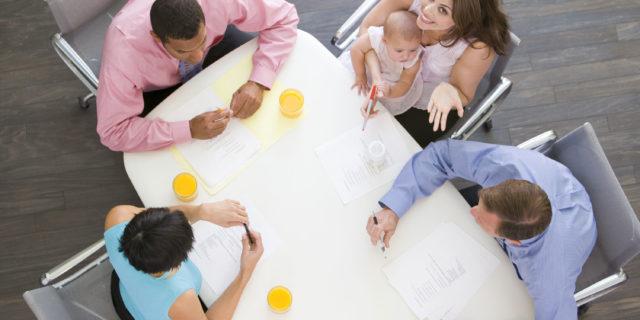 Coworking per mamme: come funzionano e dove sono in Italia