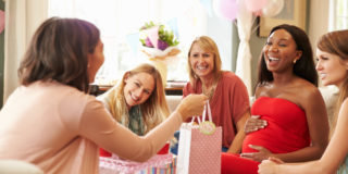 5 idee regalo originali per una neomamma