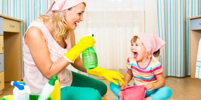 """Quanto varrebbe il """"lavoro"""" di una mamma se fosse pagato?"""