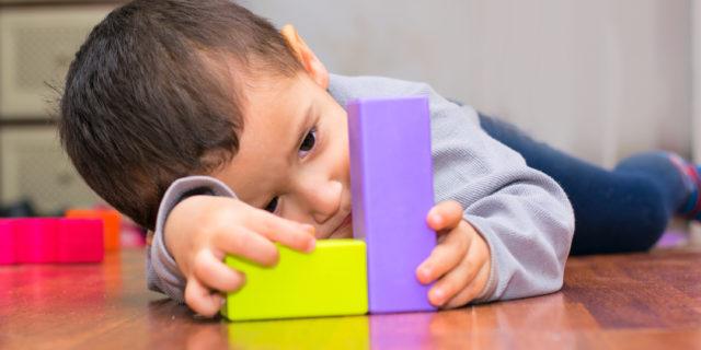 Disturbi dello spettro autistico: quali sono i segnali e cosa fare