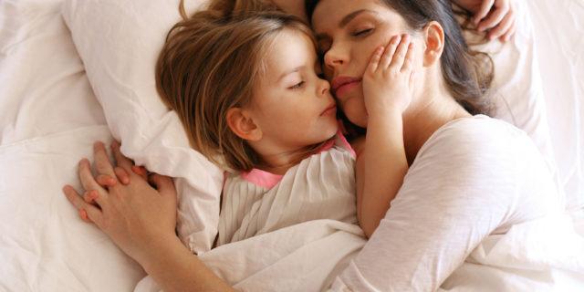 Il 30% dei bambini fino a tre anni soffre di disturbi del sonno