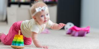 Quando inizia a gattonare un bambino?