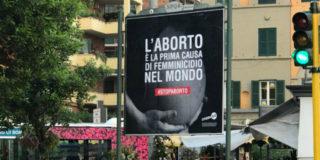 """""""Aborto prima causa di femminicidio"""", a Roma torna la polemica"""
