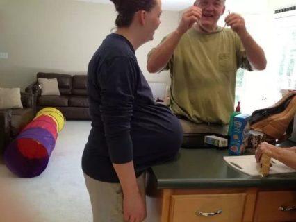 Quando non ti vedi più nemmeno i piedi: cartoline dalla gravidanza