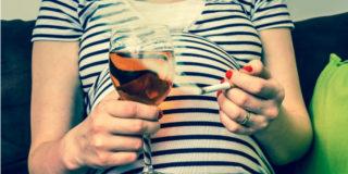 """Alcol e fumo in gravidanza? """"Più letali di quanto si pensasse"""", dice uno studio"""