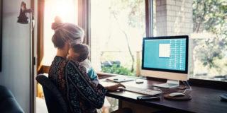 Lavorare da casa: pro e contro da una mamma che lo fa