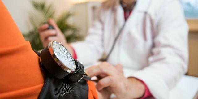 """""""Se il cuore è malato è meglio partorire entro le 40 settimane"""": le linee guida"""