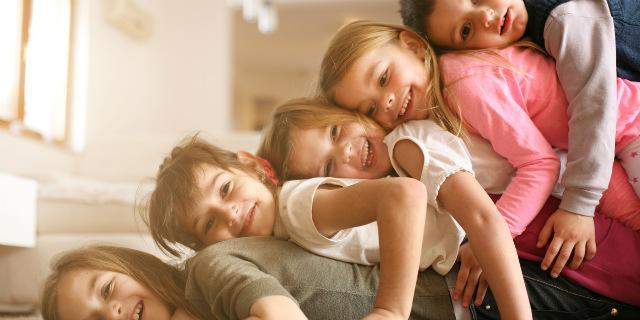 Chi allatta più a lungo fa più figli, dice una ricerca