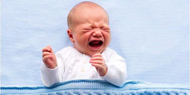 """Cosa succede se il bambino ha la """"spina bifida"""" e come prevenirla"""