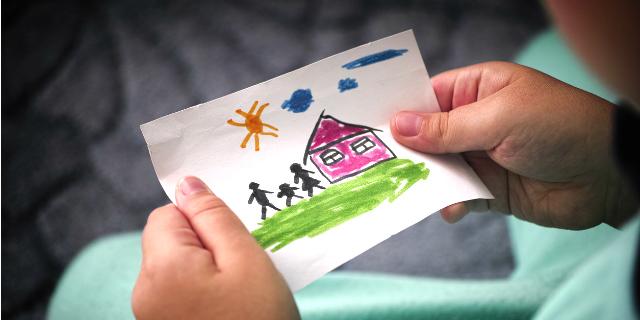 Adottare un bambino: le cose da sapere sulle adozioni in Italia e all'estero