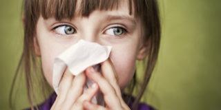 Malanni di stagione: i consigli della pediatra per difendere i bimbi