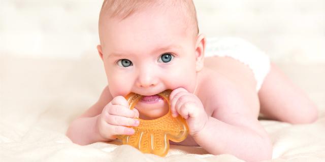 massaggia gengive per neonato
