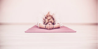 I 7 motivi per cui lo yoga in gravidanza fa bene