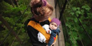 Babywearing: l'arte del portare che piace ai bambini (e non solo)