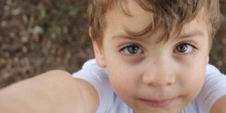 Congiuntivite nei bambini: sintomi, cause e cure efficaci