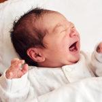 I neonati riconoscono i volti già dalla nascita: lo studio