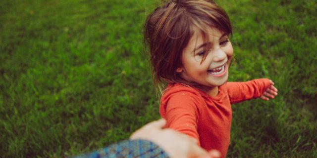 Affido familiare: cos'è, come ottenerlo e quanto dura