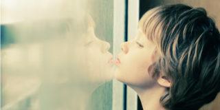 Autismo nei bambini, cos'è e come si riconosce