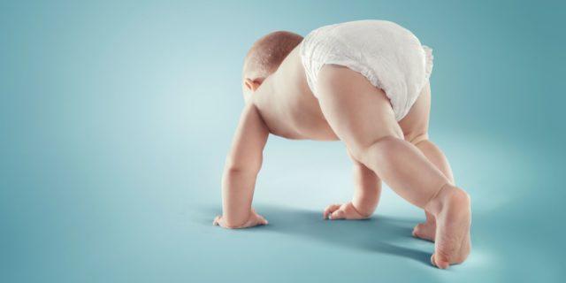 Diarrea nel neonato: le cause e rimedi, spiegati dalla pediatra