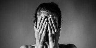 Perché dobbiamo parlare di aborto: le voci di 8 donne che ci sono passate