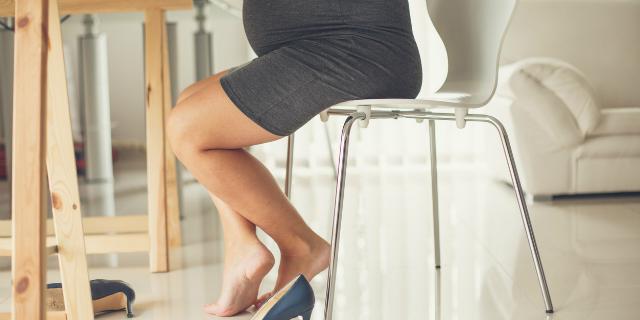 Gambe pesanti in gravidanza, come combattere il disturbo
