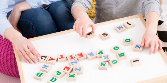 Come riconoscere il ritardo del linguaggio del bambino