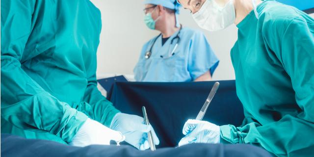 La salute dei bambini nati con parto cesareo è peggiore? Lo studio