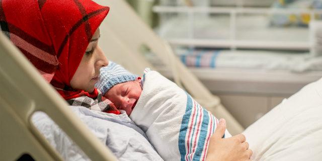 I diritti delle future mamme straniere e a chi rivolgersi (anche dopo il parto)