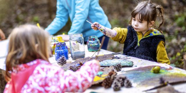 Asilo nel bosco: far scoprire (e amare) la natura ai bambini