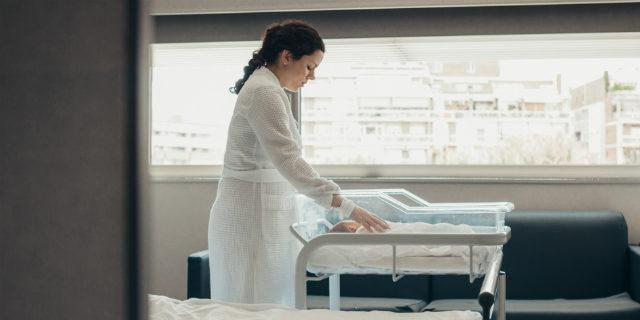 Quando la mamma è un pericolo per i figli: i segnali della sindrome di Medea