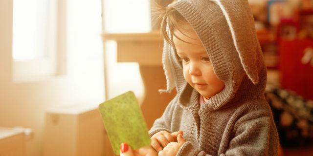Ecolalia: quando i bambini ripetono (troppo) le parole
