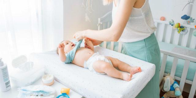 Coprifasciatoio: come sceglierlo e i 7 modelli migliori per il cambio bebè