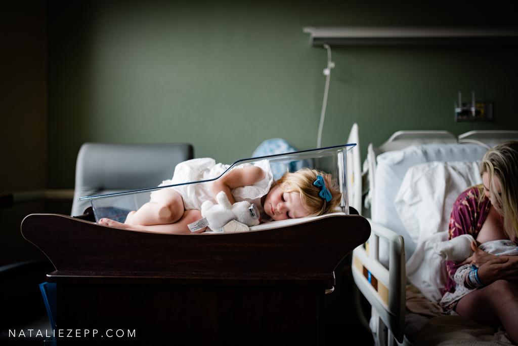 Le più belle fotografie di gravidanza e parto: i vincitori del 2020