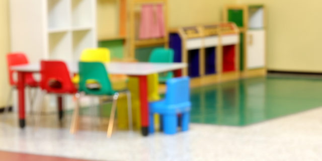"""Coronavirus, scuole chiuse fino al 15 marzo: """"Ipotesi voucher e congedi"""""""