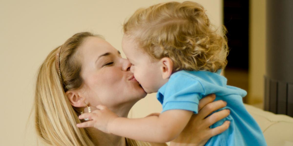 baci in bocca figli