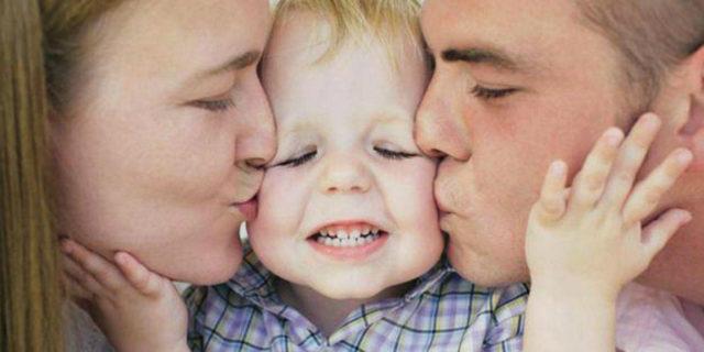 Meglio un figlio unico o con fratelli/ sorelle? Cosa dice la scienza