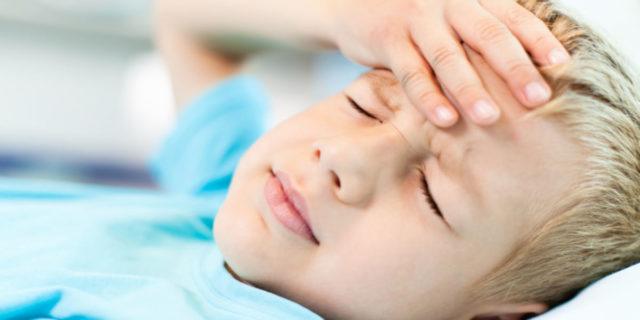Mal di testa nei bambini: quando c'è da preoccuparsi. La pediatra risponde