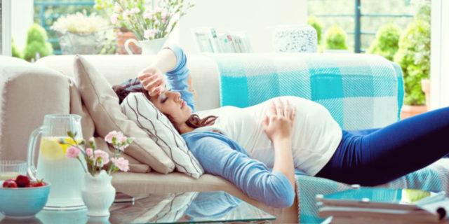 Stanchezza in gravidanza: come cambia tra primo, secondo e terzo trimestre