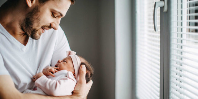 Come il corpo e il cervello dell'uomo cambia quando diventano papà. Lo studio