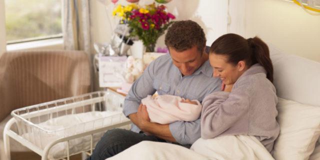 Cosa deve contenere la borsa per l'ospedale per il papà? Consigli e idee utili