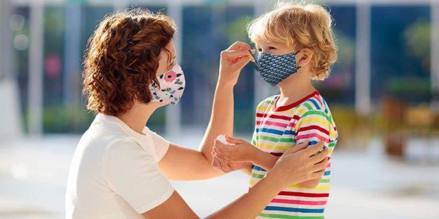 Mascherine per bambini: guida all'uso e modelli per i più piccoli