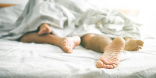Esistono davvero delle posizioni per rimanere incinta? Tra verità e falsi miti