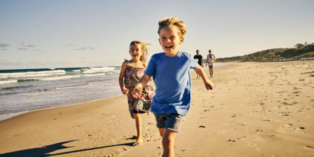 Abbigliamento in estate per bambini e neonati: gli indispensabili e consigli